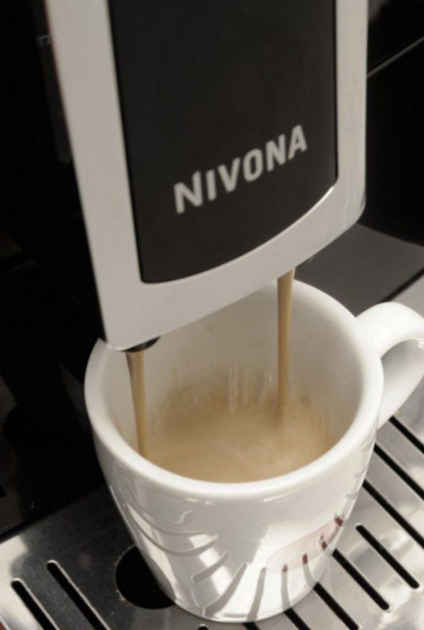 kavovar-nivona-nicr-520-4