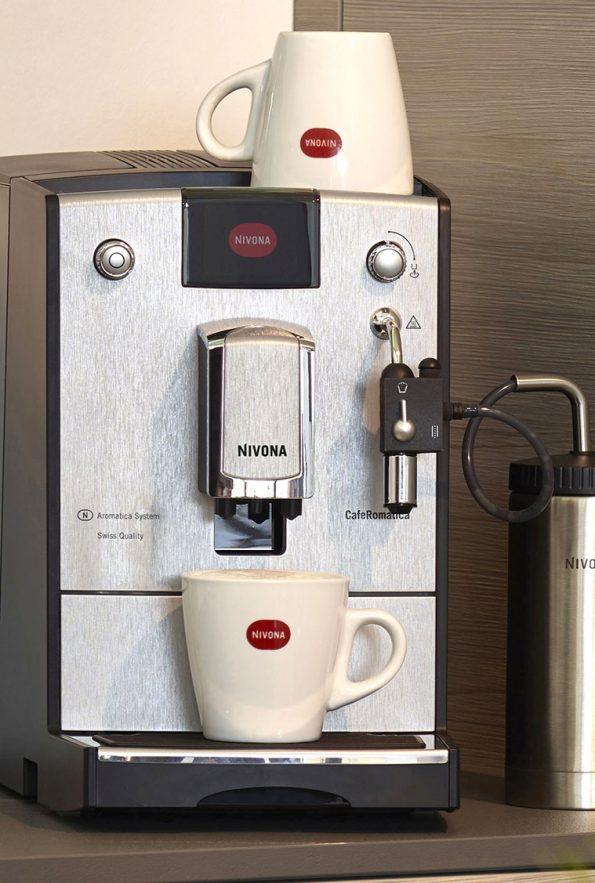 kavovar-nivona-nicr-670-1