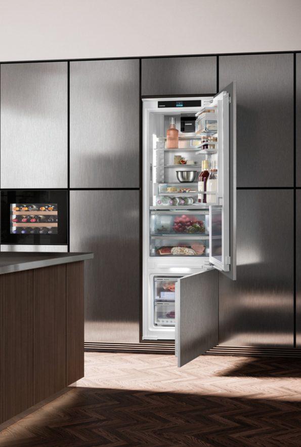 Vstavaná kombinovaná chladnička s mrazničkou dole Liebherr ICBdi-5182